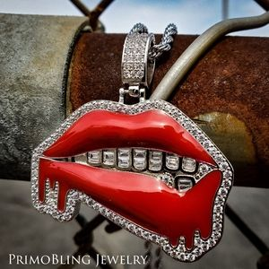 Stainless Steel Baguette Lips Necklace